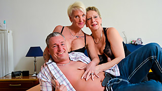 AmateurEuro - Granny 3Some Sex with Hot Nympho GILFs