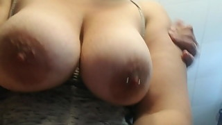 Wife films her tits swinging as she gets fucked !