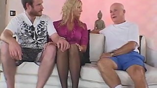 Blonde Amateur Swinger Gets Screwed